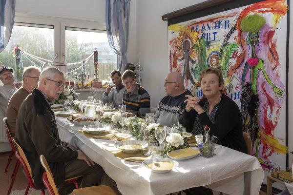 de eetkamer (2)